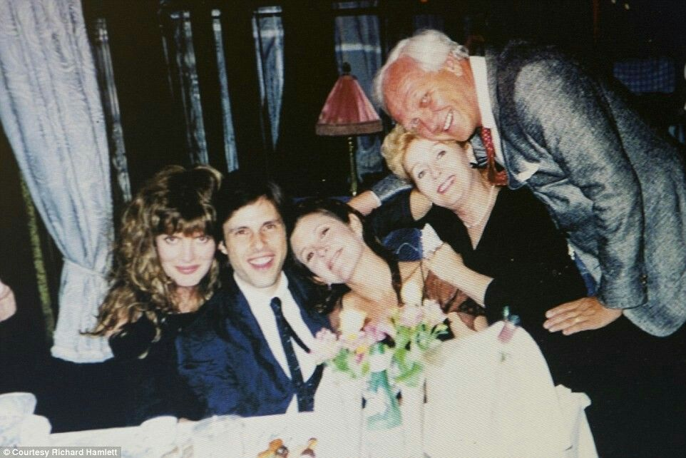 Rene Russo Todd Fisher Carrie Fisher Debbie Reynolds Richard Hamlett Debbie Reynolds Carrie Fisher Todd Fisher