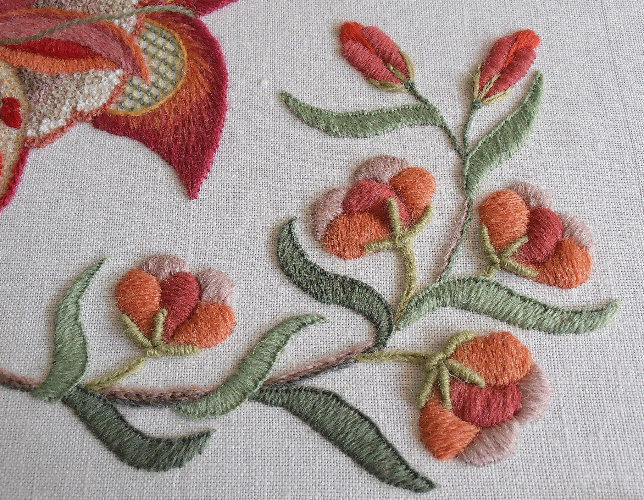 Crewel embroidery satin stitch and
