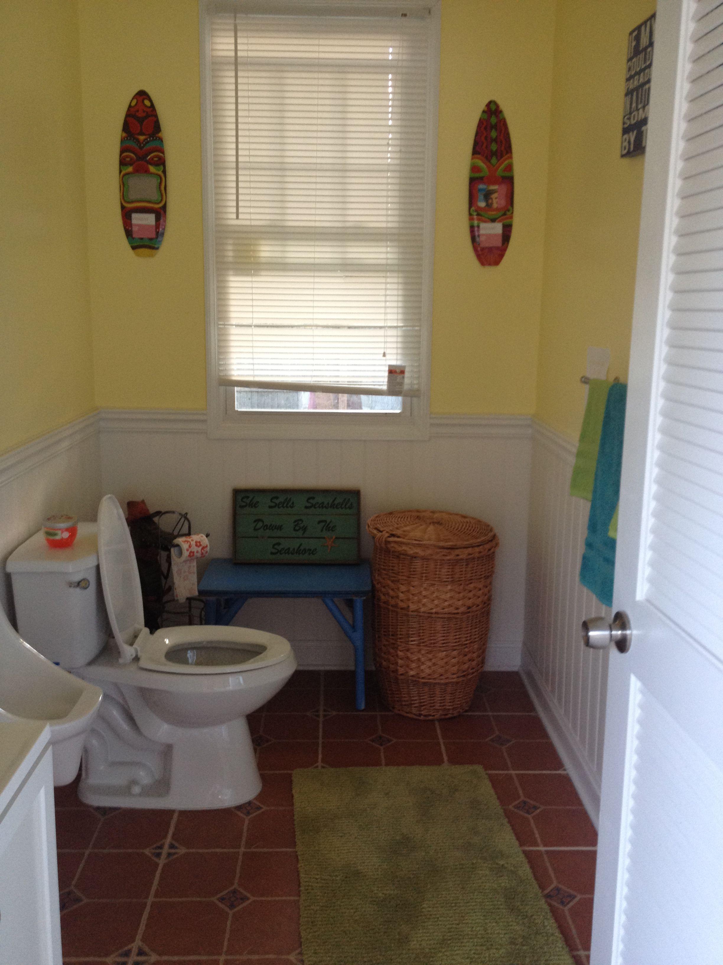 Tiki Pool House Bathroom Hut. House. Beach
