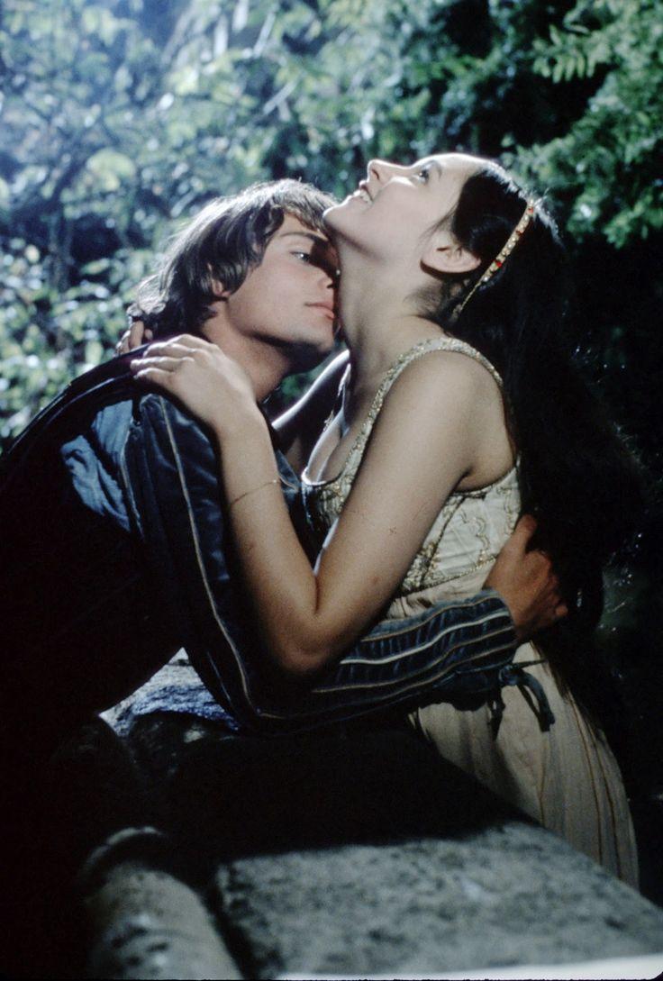 """Leonard Whiting und Olivia Hussey in """"Romeo und Julia"""