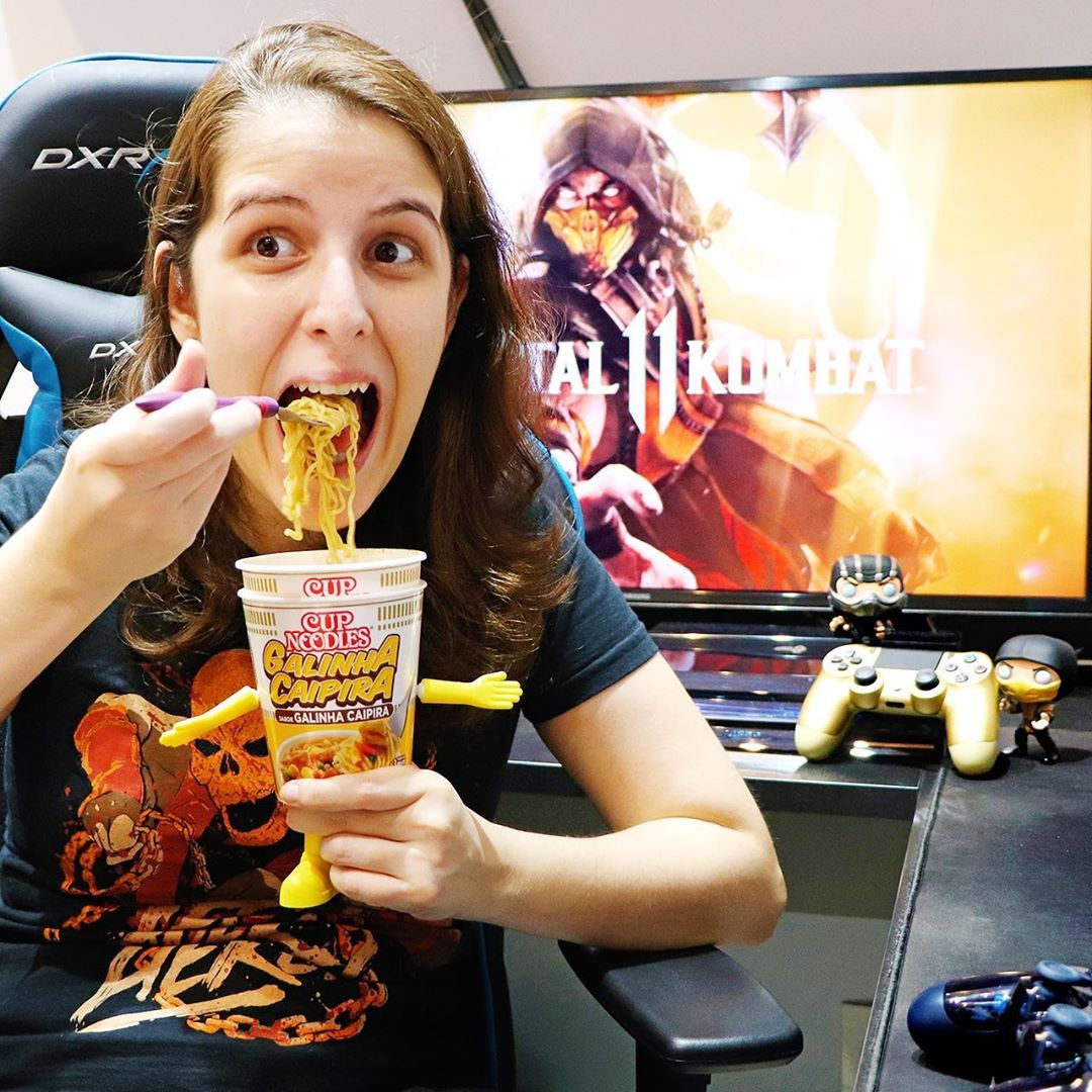 Esses 2 tão mais viciados no Mortal Kombat 11 que eu 👀🍜  teamcupnoodles ⠀⠀⠀⠀ 🎥 Youtube: youtube.com/privitalino ⠀⠀⠀  playstation  xbox  nintendo  youtube  youtubers  youtubeawards  ps4  ps3  xboxone  swich  girlgamer  gamergirl  girl  videogames  youtuber  twitch  youtubegaming  instagood  instagaming  ps4pro  battlefield  mortalkombat  mortalkombat11  mk11  mk  subzero  scorpion @cupnoodlesbrasil