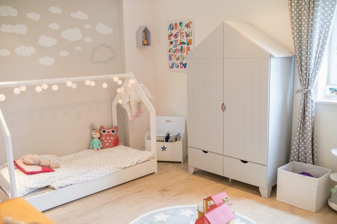 Endlich Ist Auch Lisi S Kinderzimmer Fertig Schaut Rein Kinder Zimmer Kinderzimmer Zimmer
