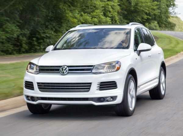 2016 Volkswagen Touareg White Volkswagen Touareg Volkswagen
