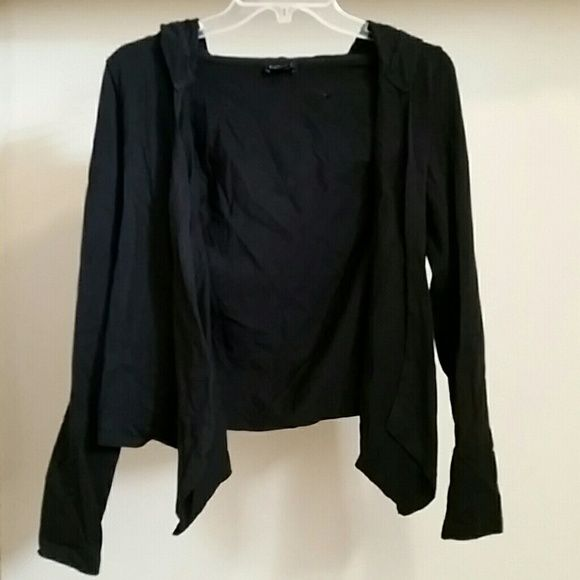 Express, black open sweatshirt. Some use,  great for everyday use.  95% cotton 5% elasthanne. Express Sweaters