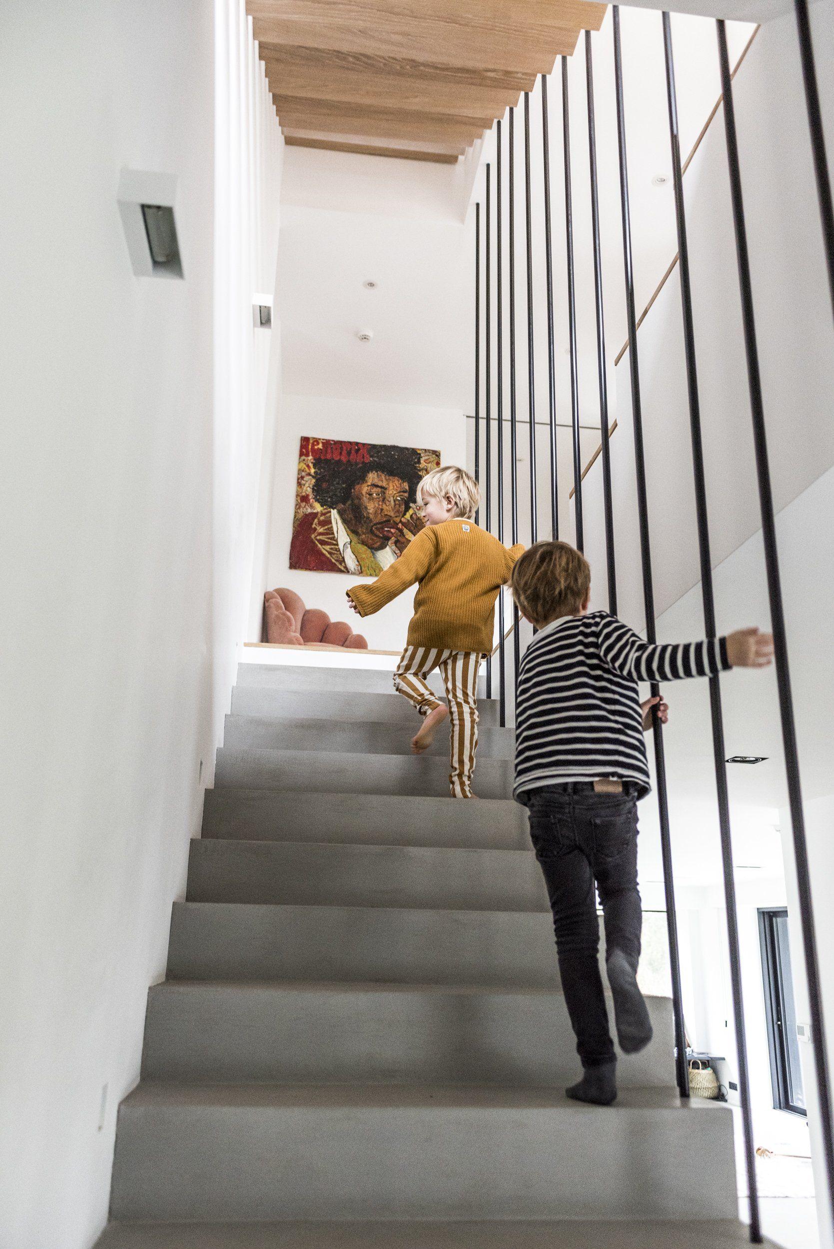 Cristina Balducci et Frédéric, Alexandre 5 ans, Louis 4 ans, Colette 1 an