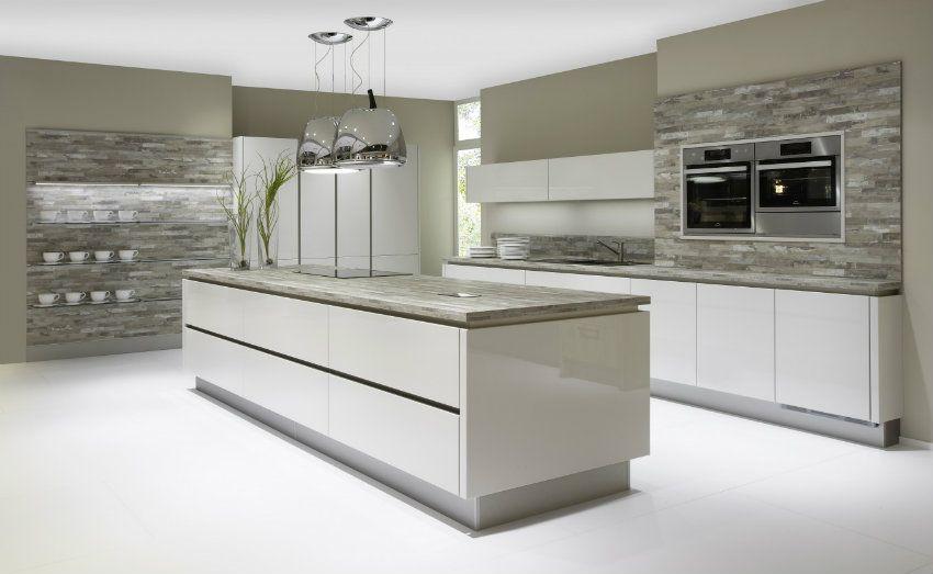 Grifflose Nobilia Lux Küche - braun grauer Boden Room/Deko
