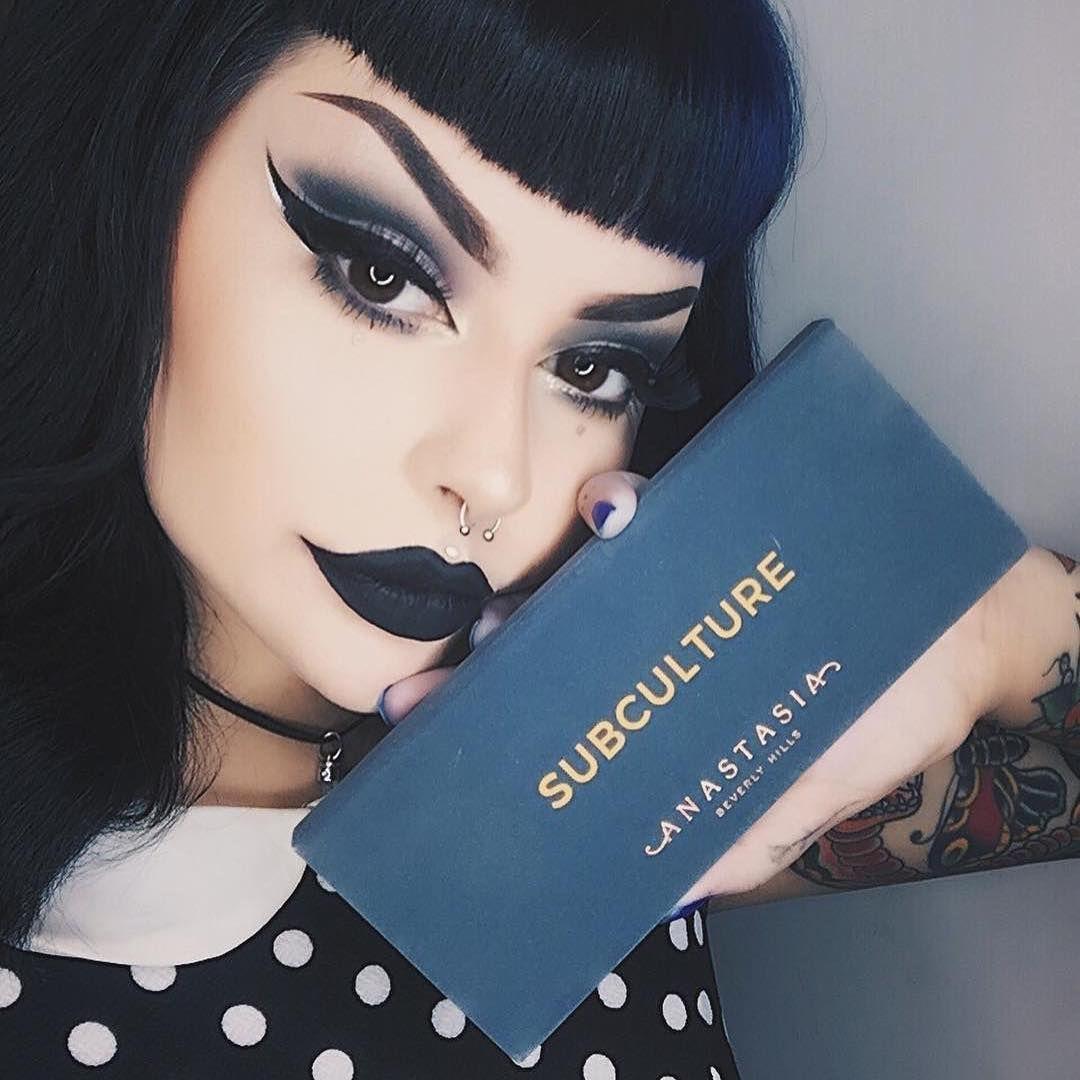 hailiebarber Pastel Goth makeup palette Face makeup