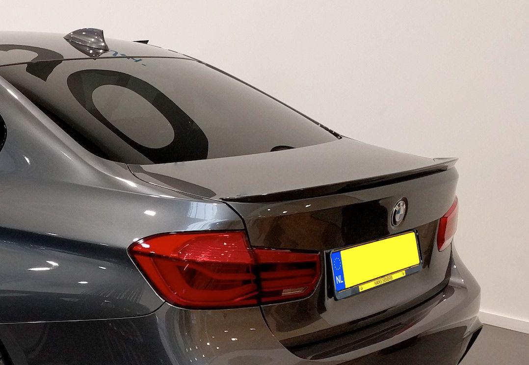 BMW 340i Performance trunk spoiler