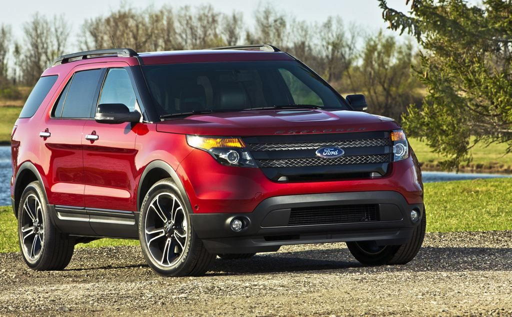 New Ford Explorer Sport. Red, Black, or Grey. PRETTY SUV