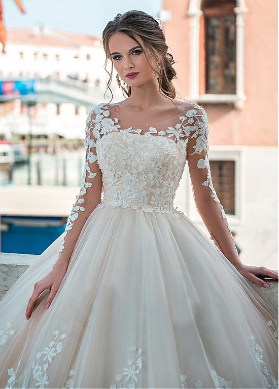 [221.60] Junoesque Tulle Scoop Neckline A-line Wedding Dresses With Lace Appliques & Beadings – magbridal.com.cn – kombin