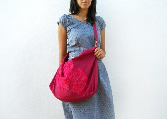 Hot Pink pleats and Crimson big Bag by ziazia on Etsy, $70.00 / Love it ♥ Me encanta