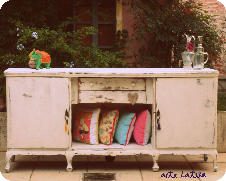 Mueble provenzal pintado y desgastado memoria - Pintar muebles estilo vintage ...