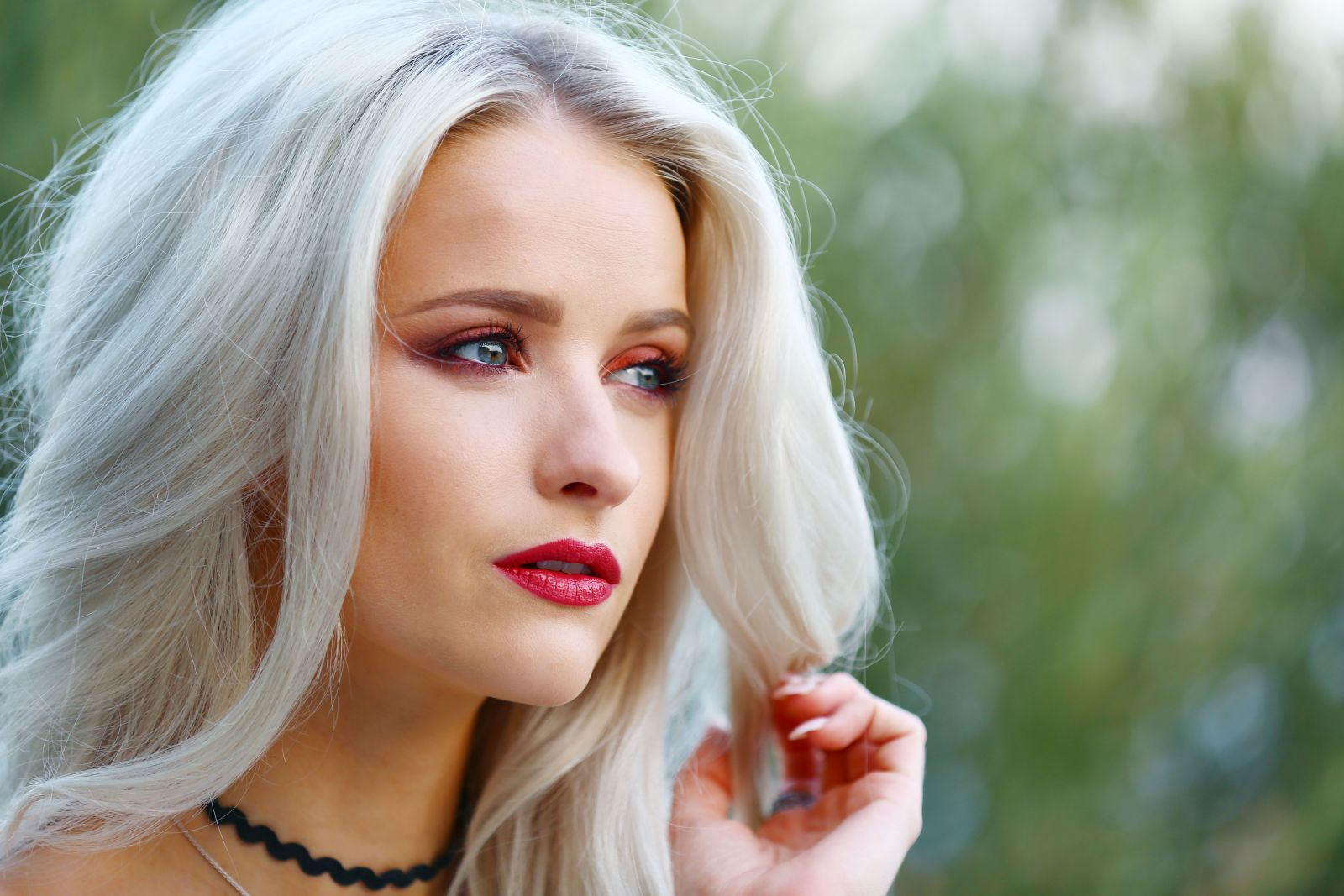 Chanel Le Rouge Fall Collection: How to Wear - Inthefrow
