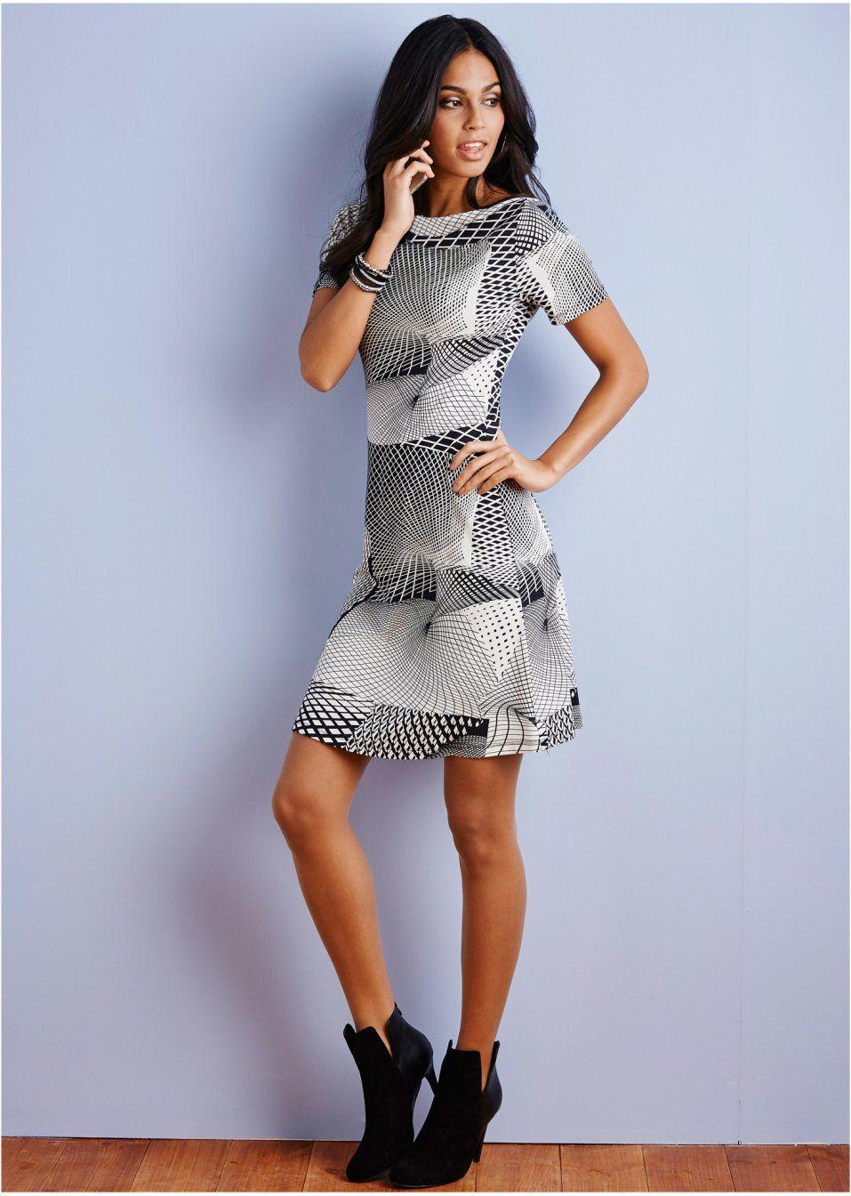 Šaty Módní šaty s lodičkovým výstřihem • 699.0 Kč • bonprix  a07e8f8d93