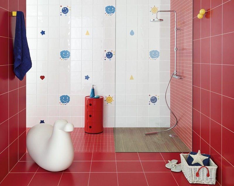 Una colección de lo mas divertido para el baño de los niños es lo que nos propone Carla Cardoso en su colección para Revigres