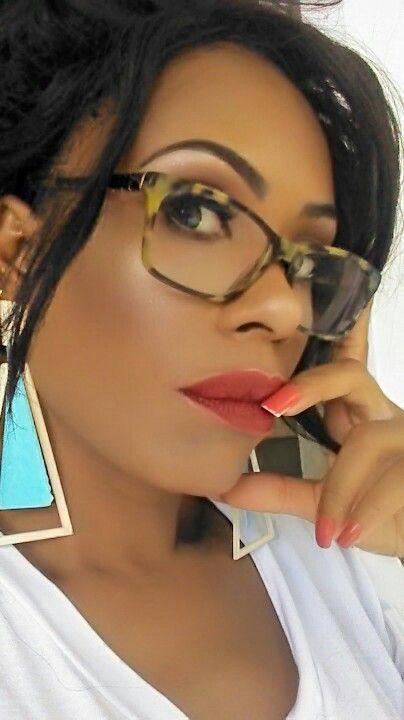 Maquiagem Para Quem Usa Oculos Com Imagens Maquiagem Pele