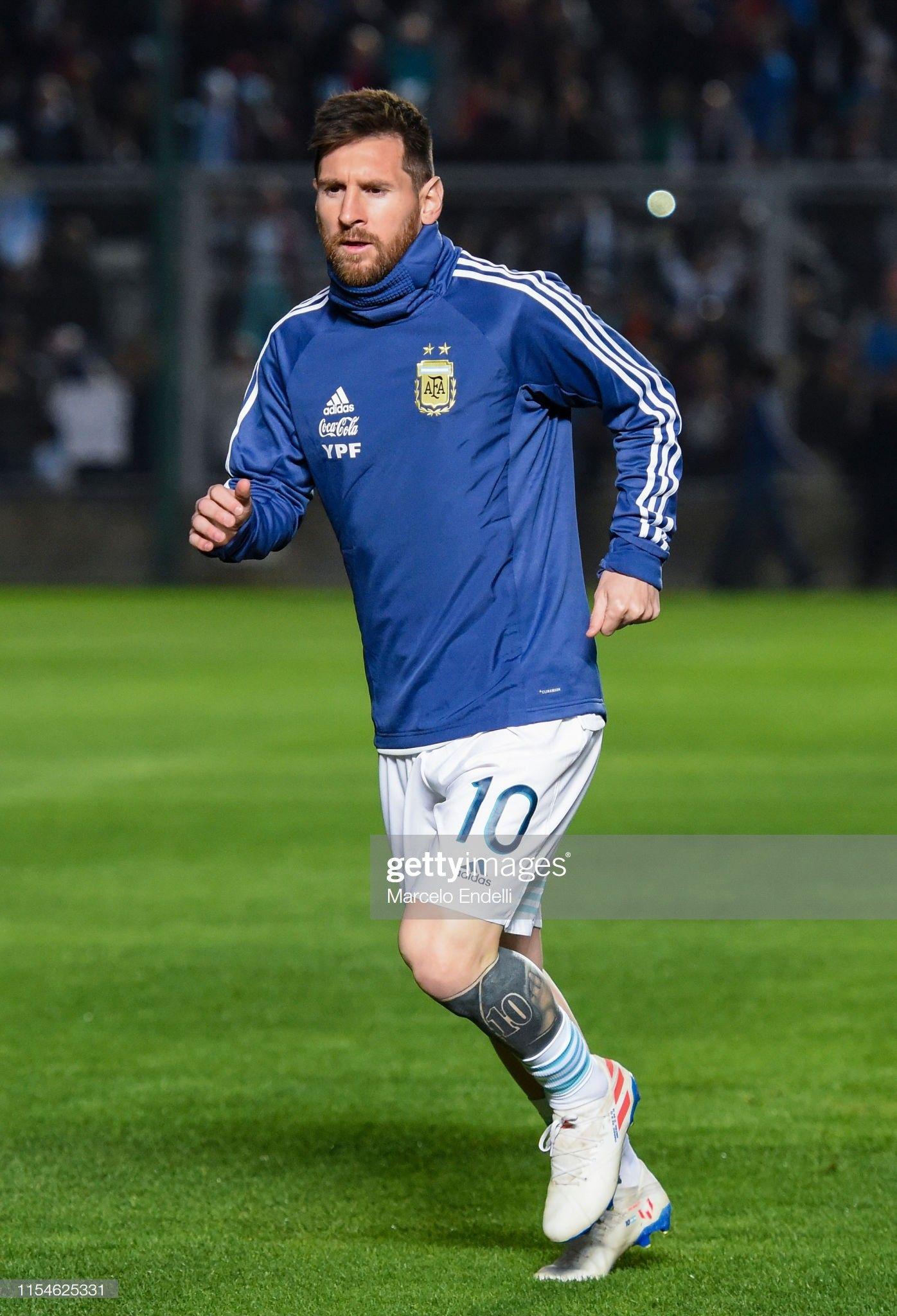 Pin De Juan Becker En Lionel Messi Futbol Messi Lionel Messi Dibujos De Futbol