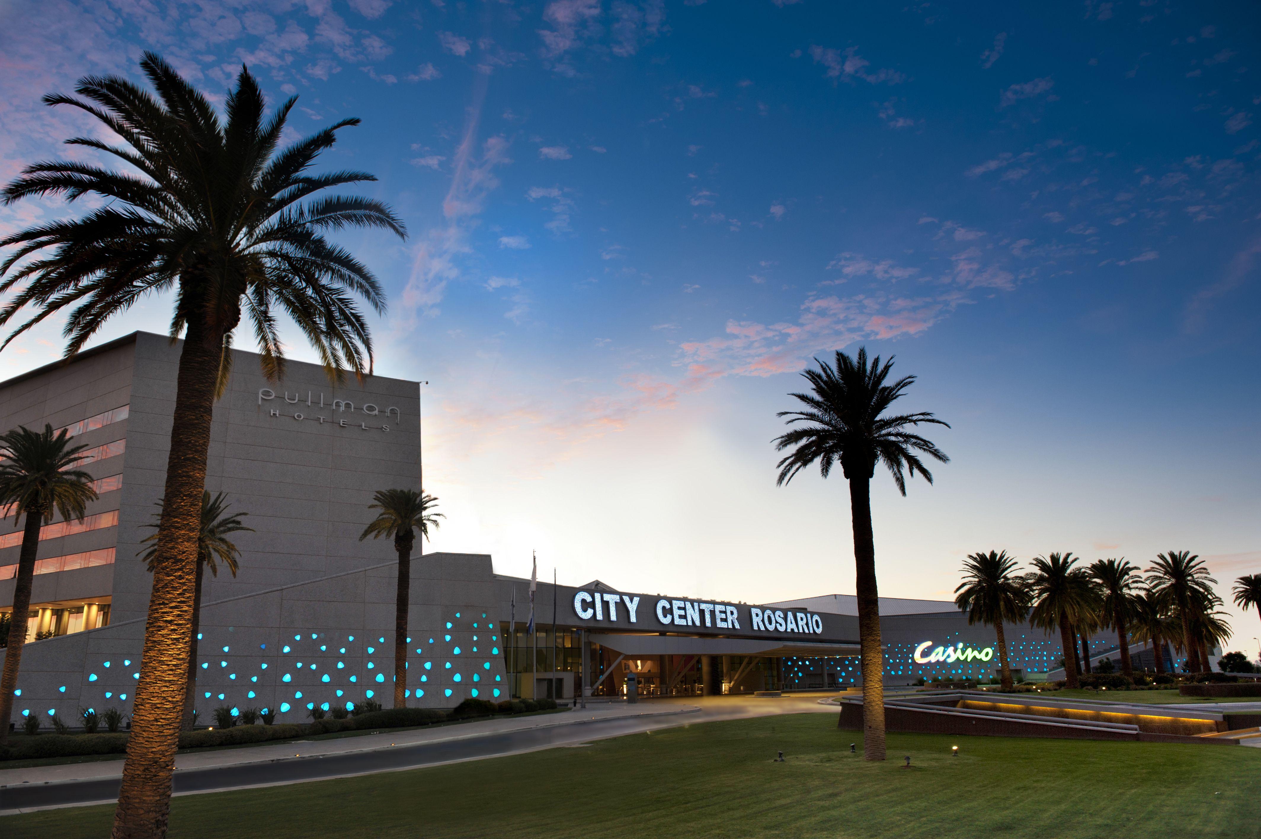 Fachada complejo City Center Rosario Fachadas, Centro de