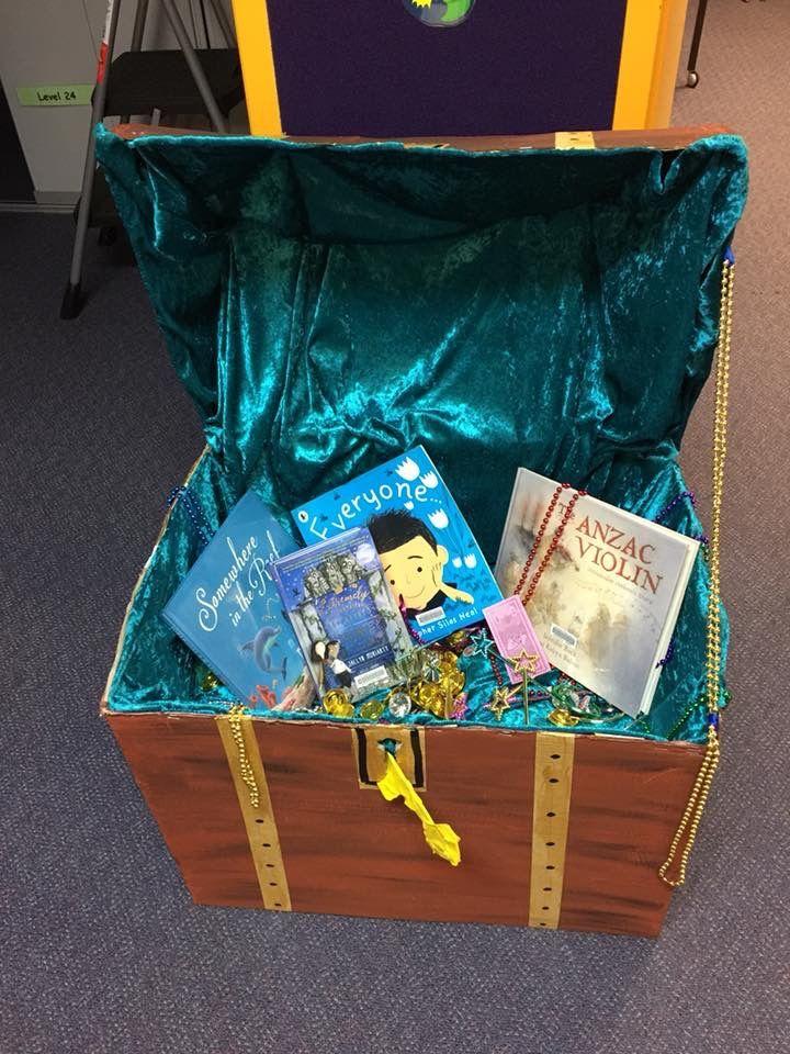 Belinda Anne with books for treasure   2018 CBCA Bookweek theme
