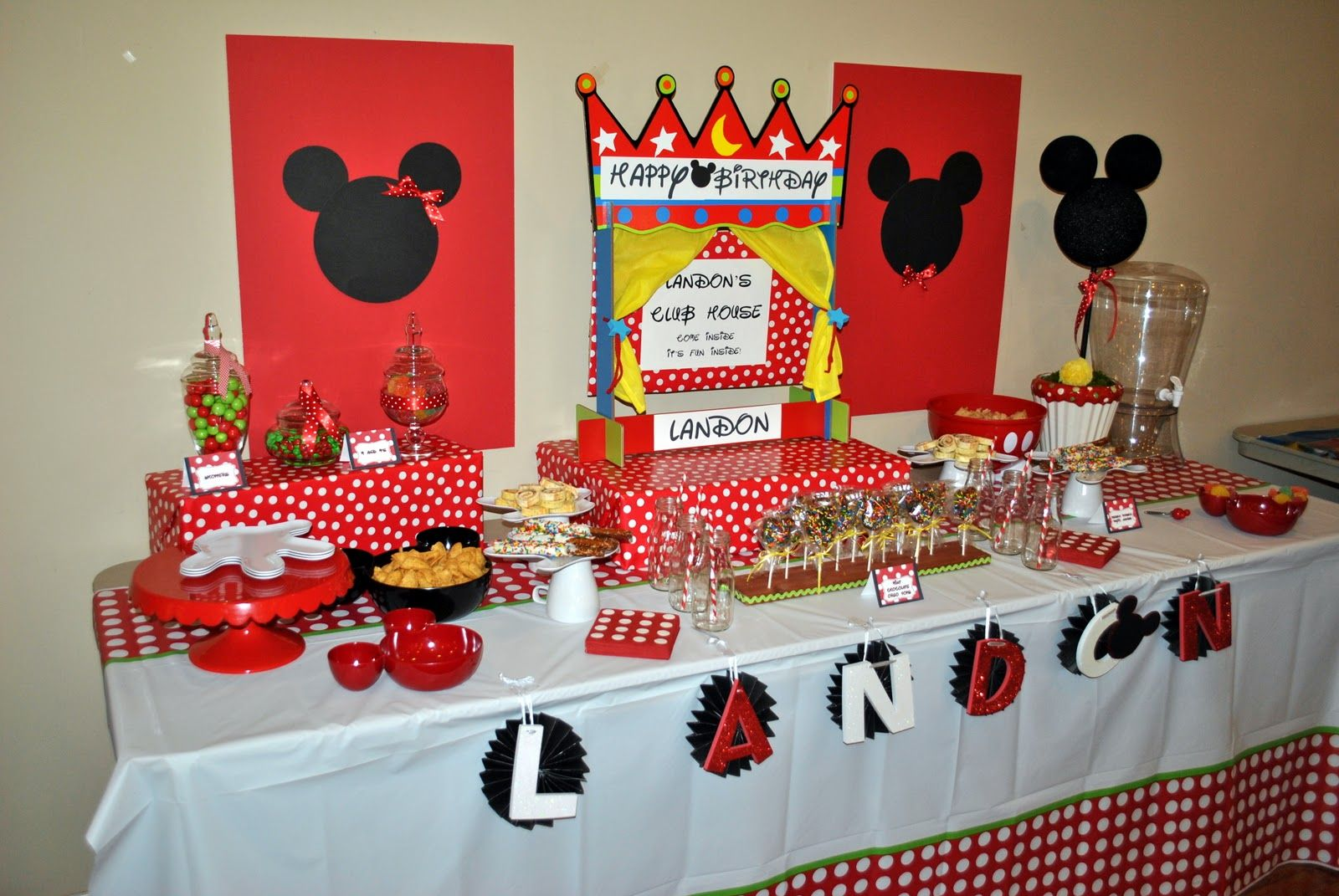 mickey mouse candy table mickey mouse clubhouse party