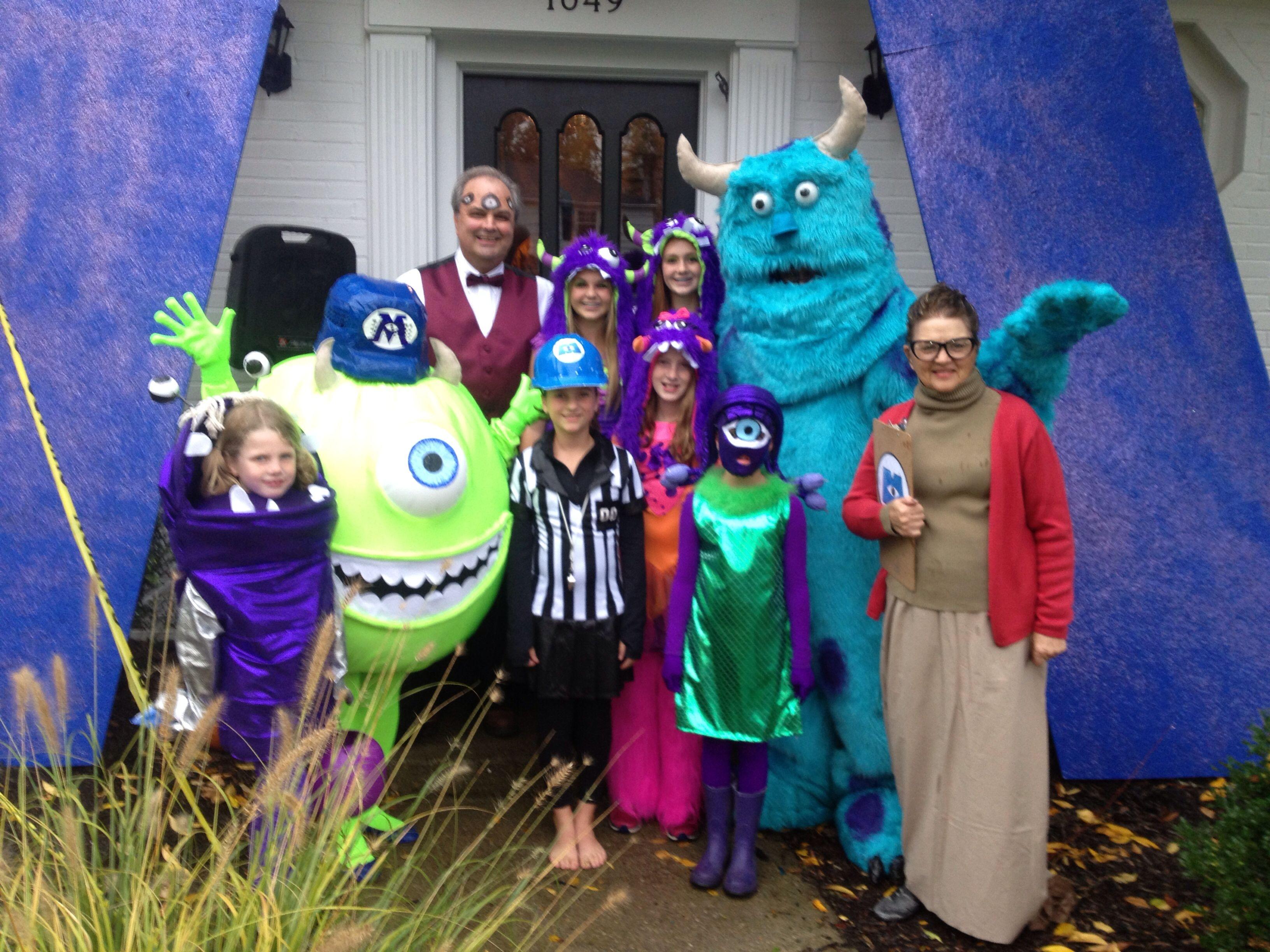 Monsters Inc Halloween Crew Monster Inc Costumes Family Halloween Family Costumes