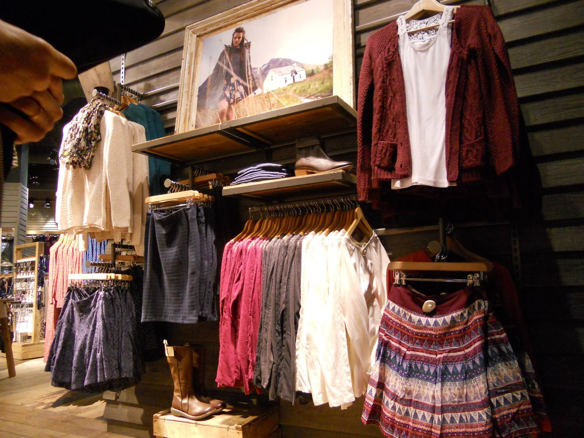 visual merchandising power wall google search retail on walls coveralls website id=62255