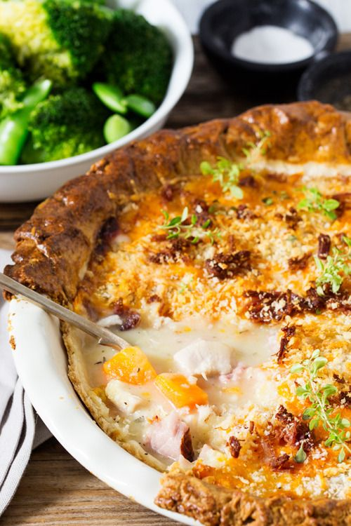 Chicken and Ham Pie with Cheesy Crumble Topping