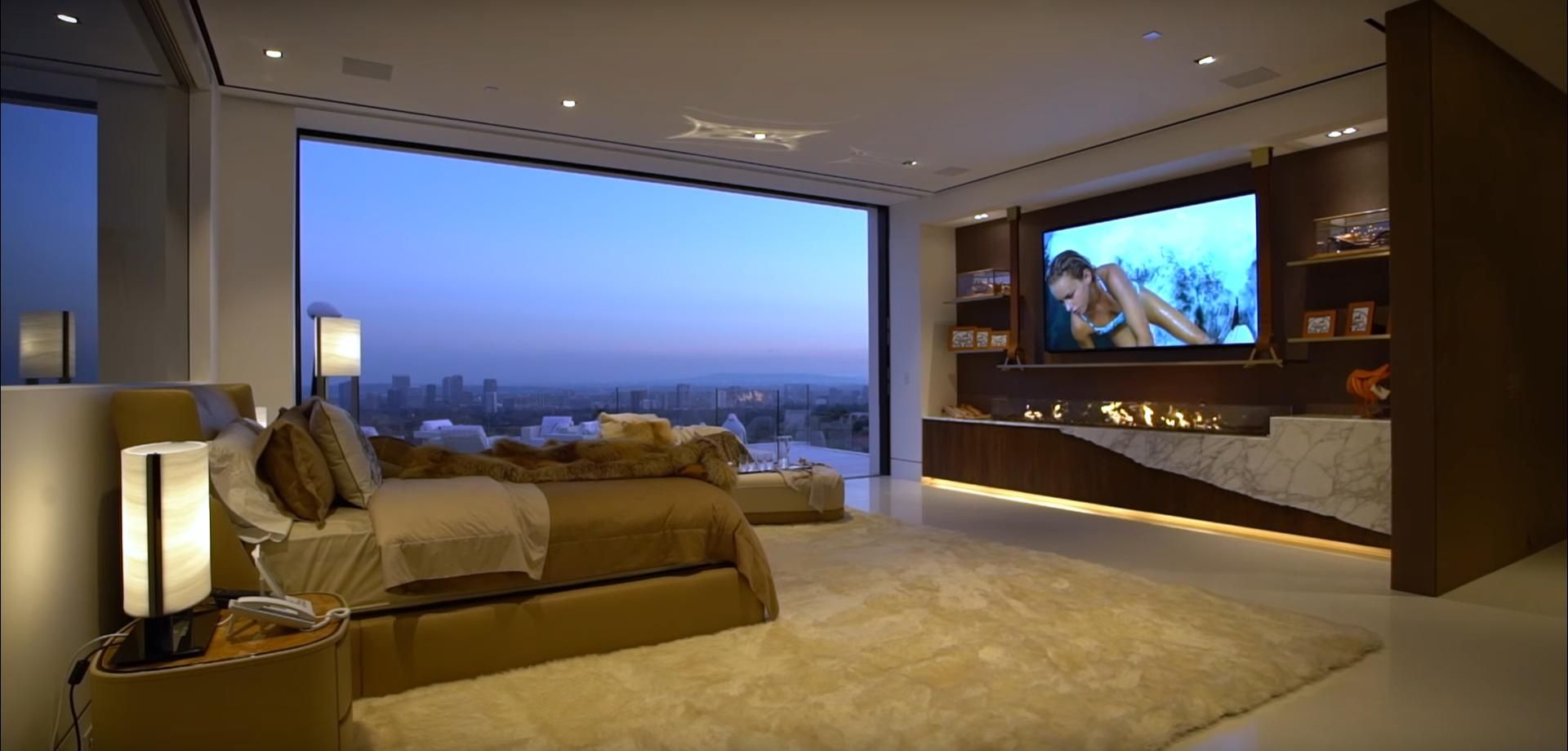 Best Master Bedroom Of The Most Expensive House In America 400 x 300