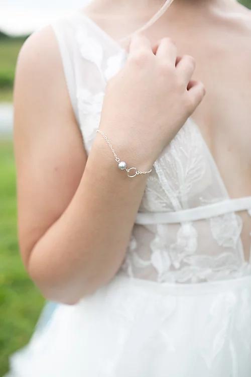 Bell Bridal Bracelet In 2020 Bridal Bracelet Bridal Accessories Bracelets