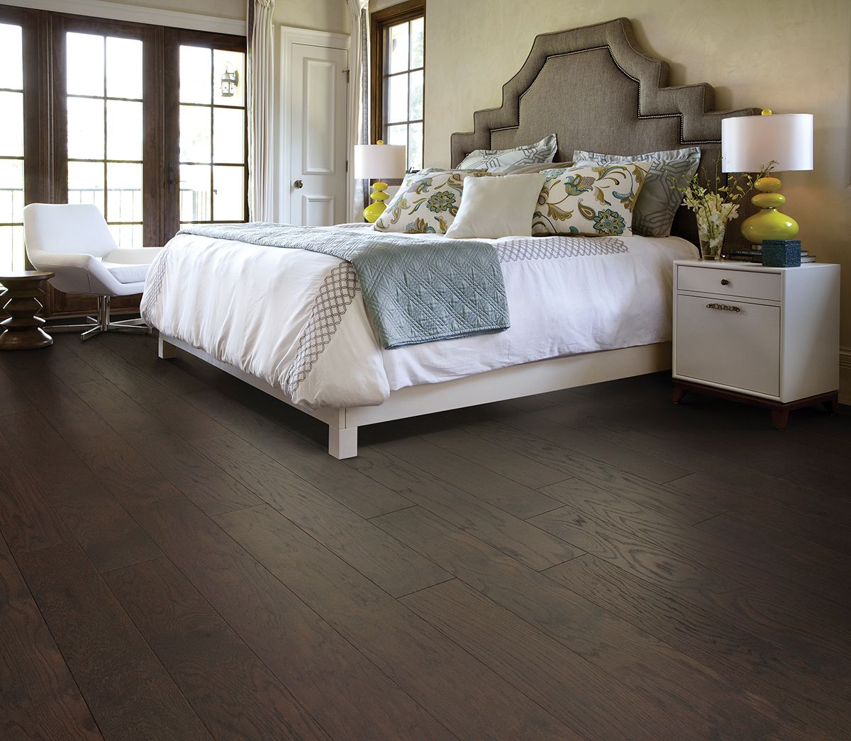 Here are the latest hardwood flooring trends for 11  RiteRug