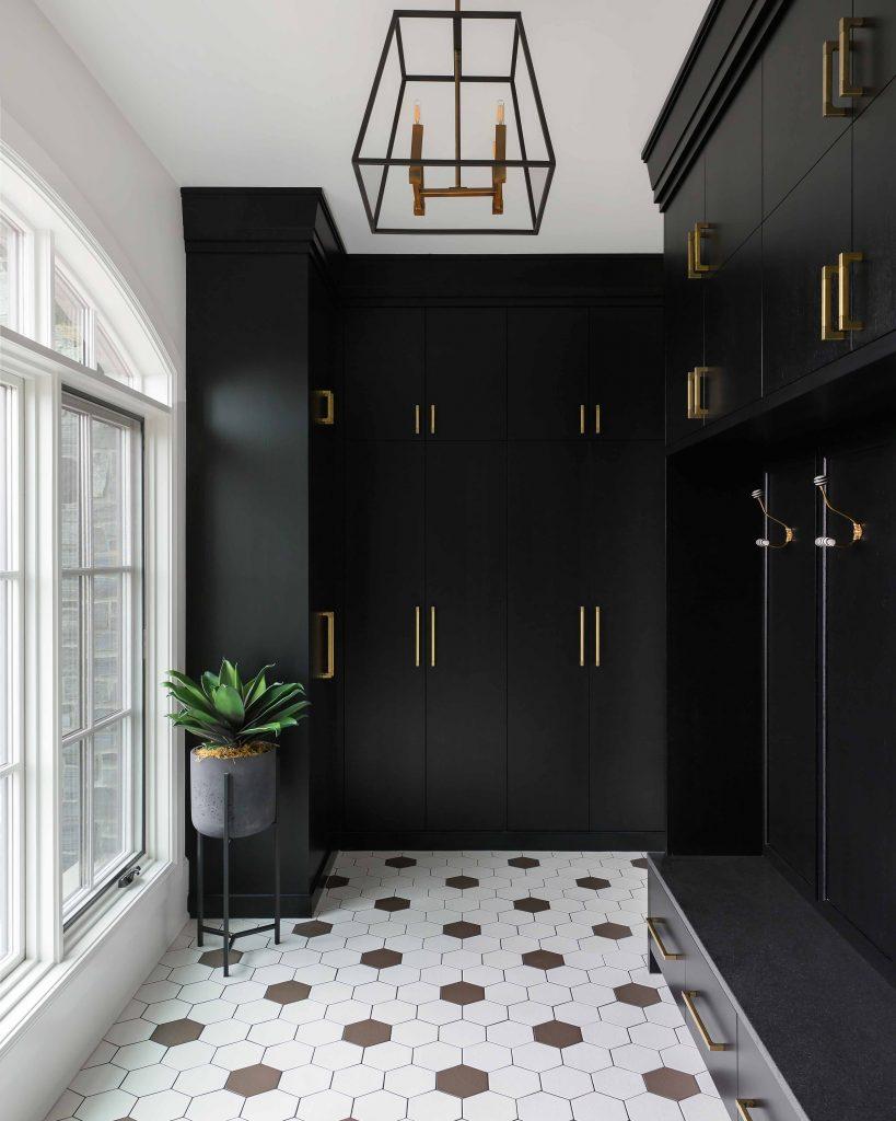 SILVERHORN ESTATE – Reena Sotropa  #interiordesign #interiorinspiration #mudroom