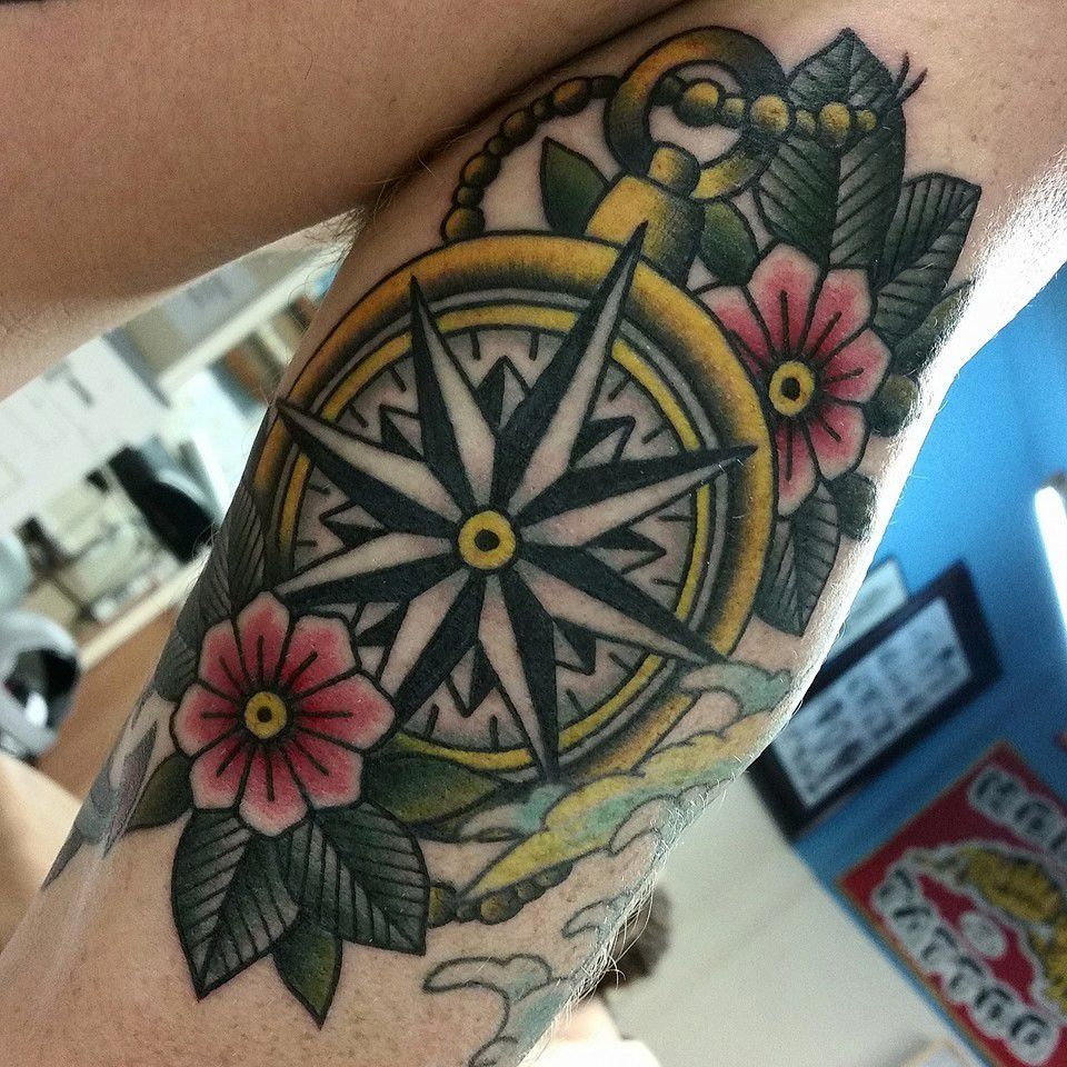 Old school compass tattoo buscar con google old school for Tattoo school listings
