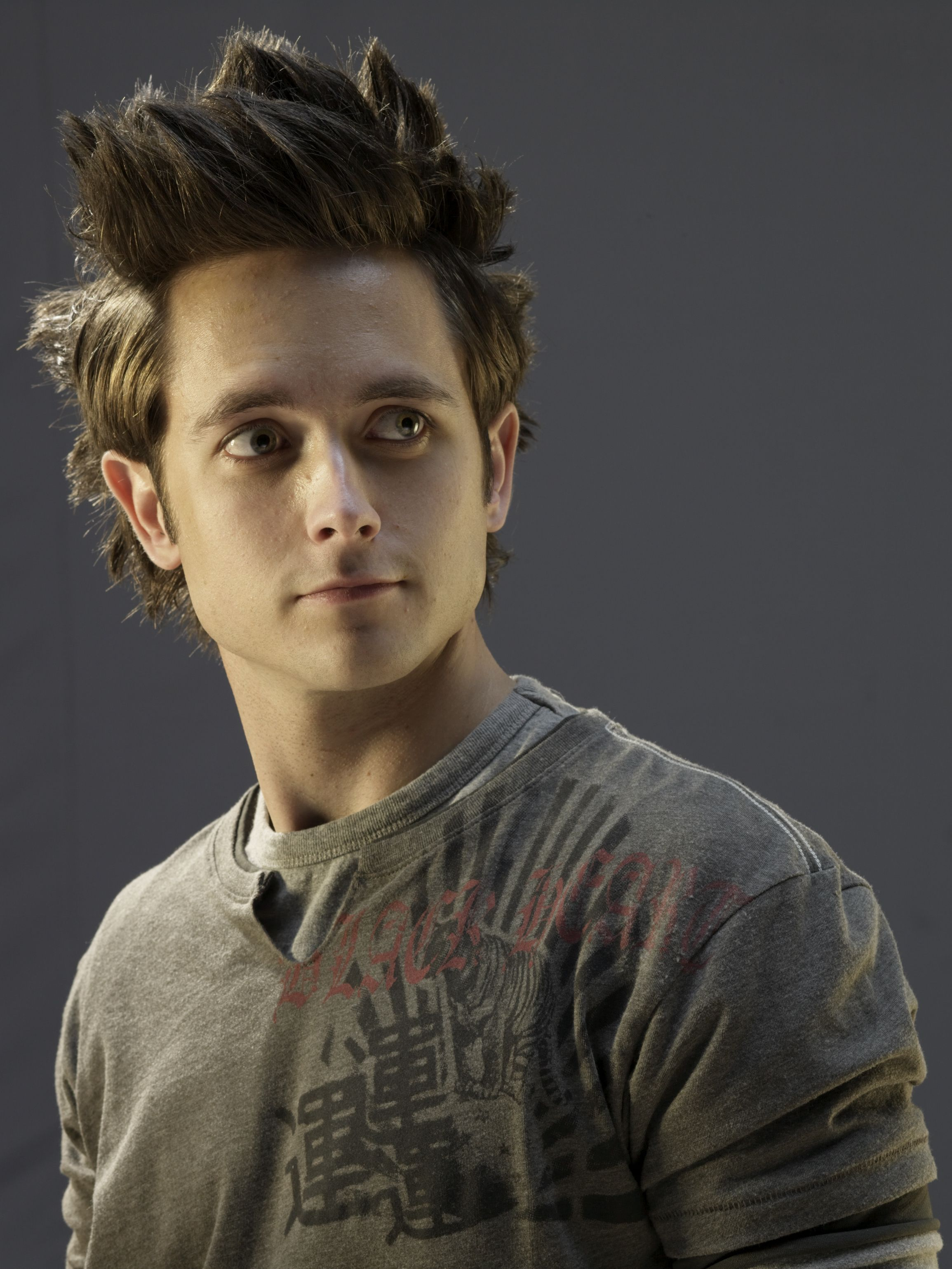 Justin Chatwin on Pinterest | Goku, Actors and Film