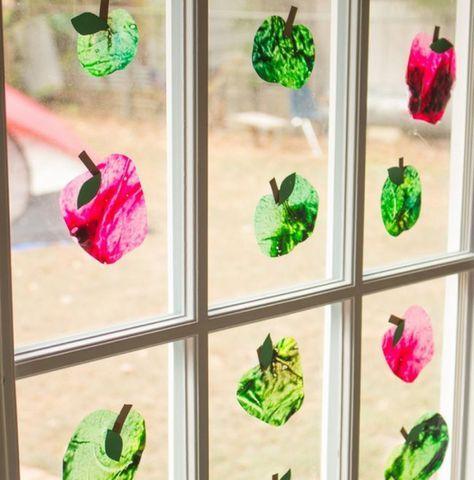Apfel basteln für die Deko im Herbst mit diesen originellen Ideen #herbstbastelnmitkindernfensterbilder