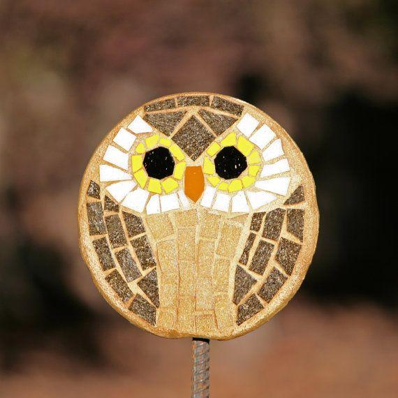 Garden Pop   Owl Garden Stake