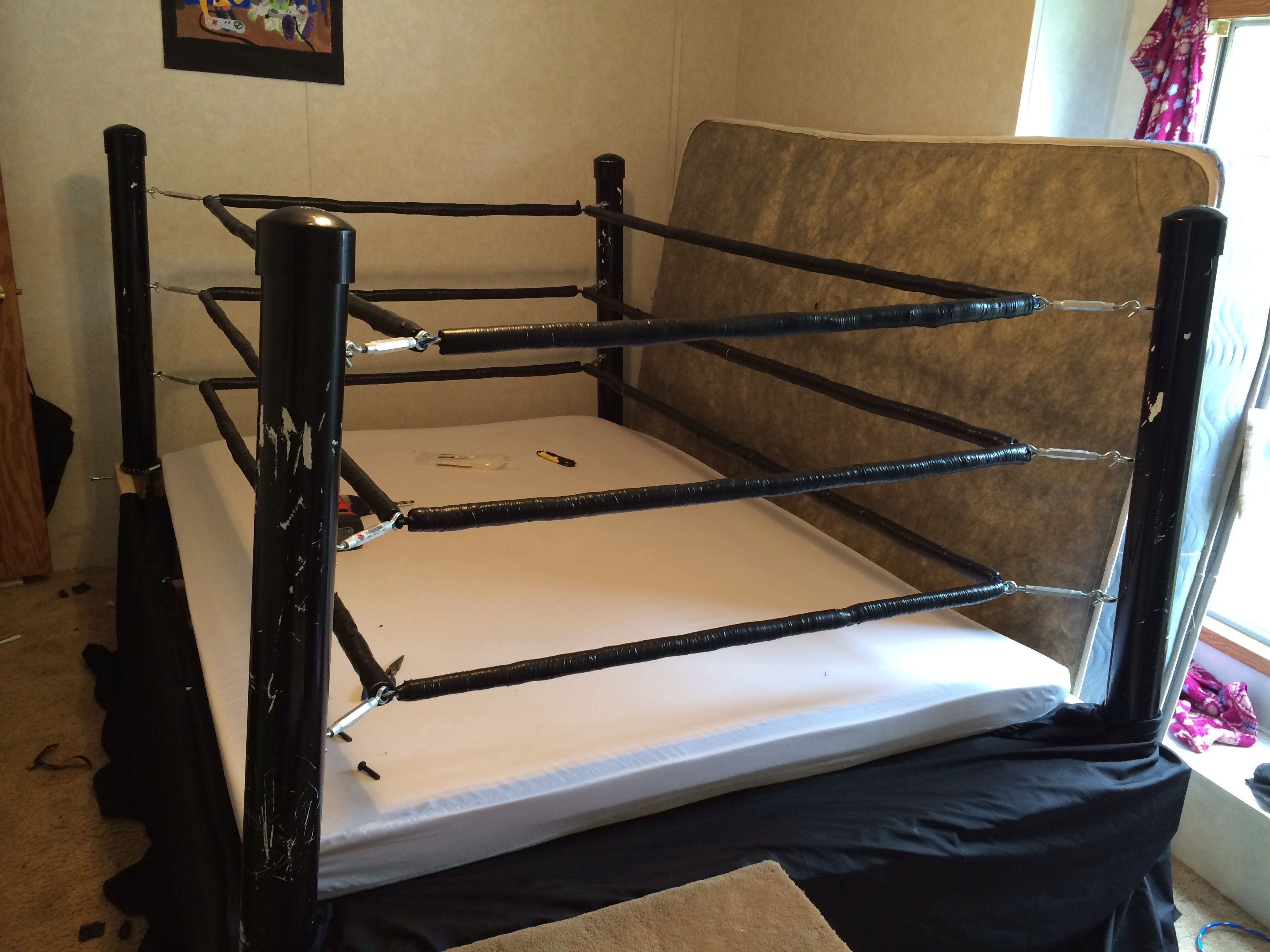 I had seen a wwe bed previously made from an old bed frame - Cool queen bed frames ...