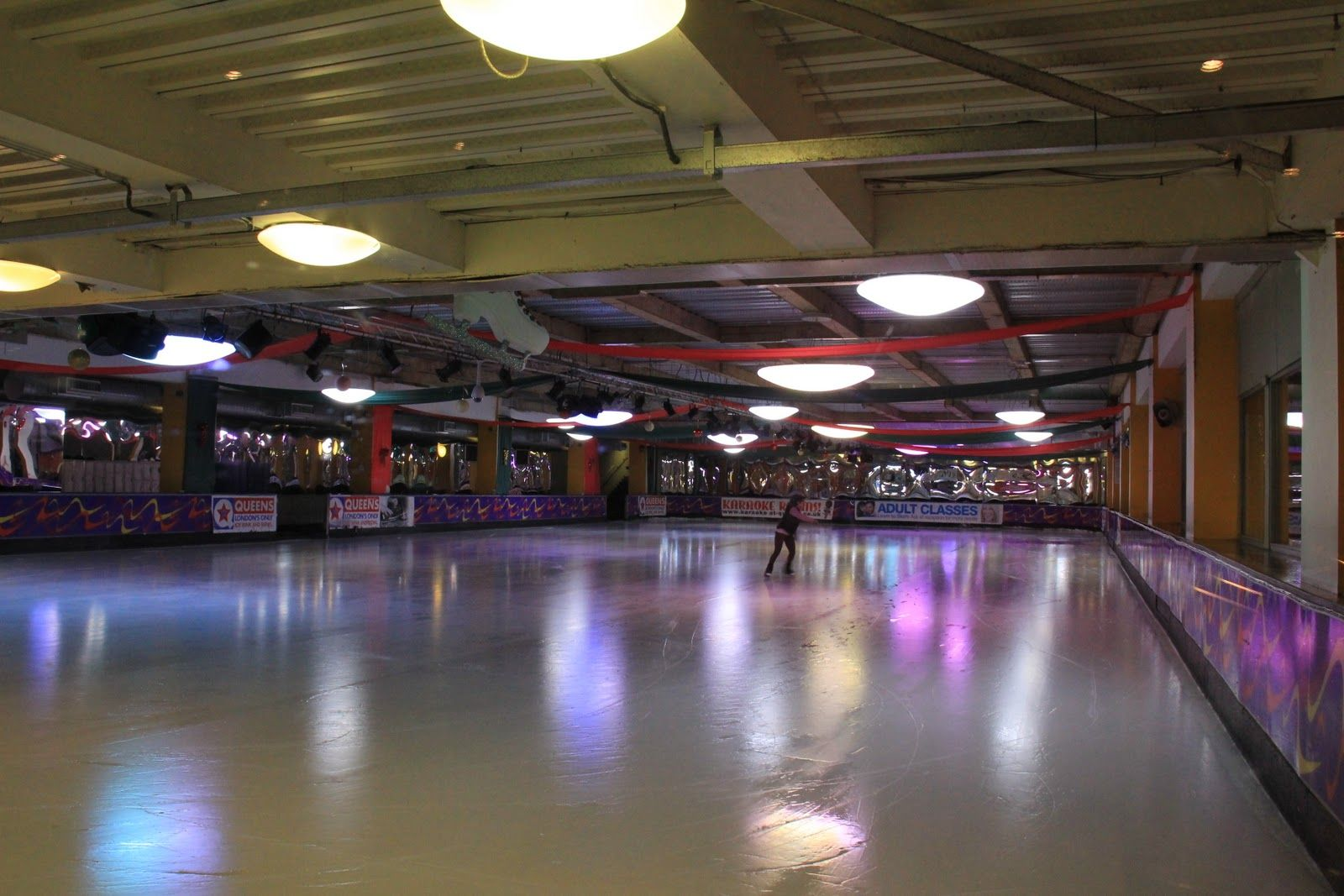 Usa roller skating rink queens - Queens Ice Skating Rink Queensway Not The Best Rink In The World But