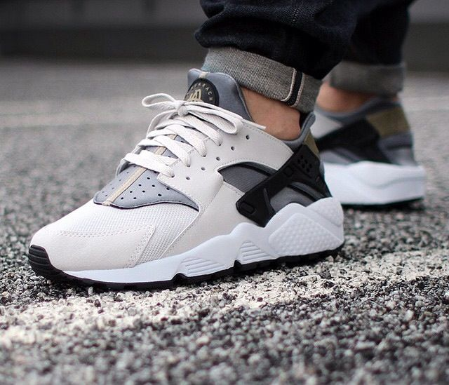 Nike Air Huarache (light ash grey / black - cool grey) | Huarache, Nike  huarache and Nike shoe