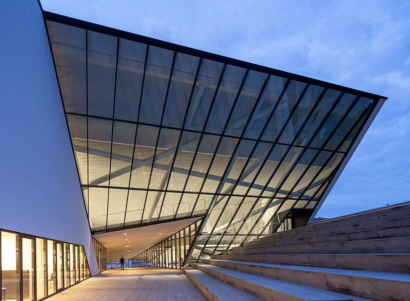 Mo Modern Art Museum By Daniel Libeskind Opens In Lithuania S