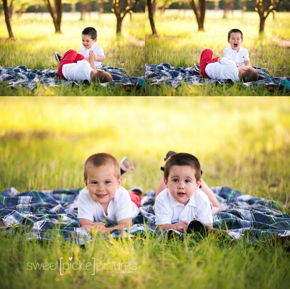 Brothers Outdoor Family Photography
