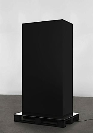Kasper Sonne - Monolith (war and justice), 2009 - Wood, aluminum, industrial paint, euro-pallet, mp3 player, speakers - 215,5 x 100 x 80 cm