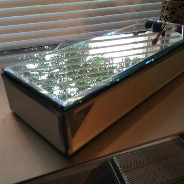 Mirrored Jewelry Box - Mercari: Anyone can buy & sell