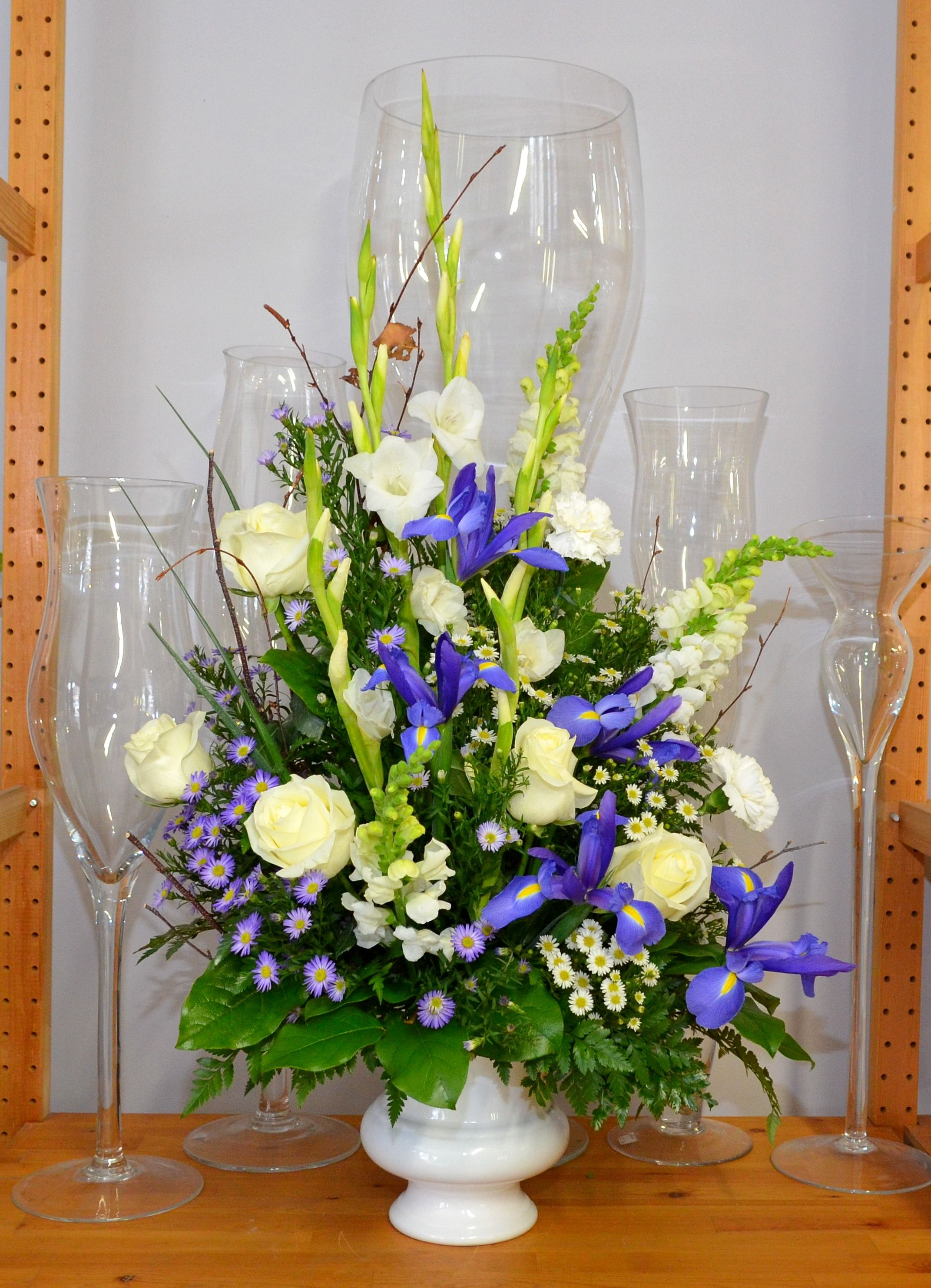 Traditional Urn Tribute For A Man Flower Arrangements Pinterest