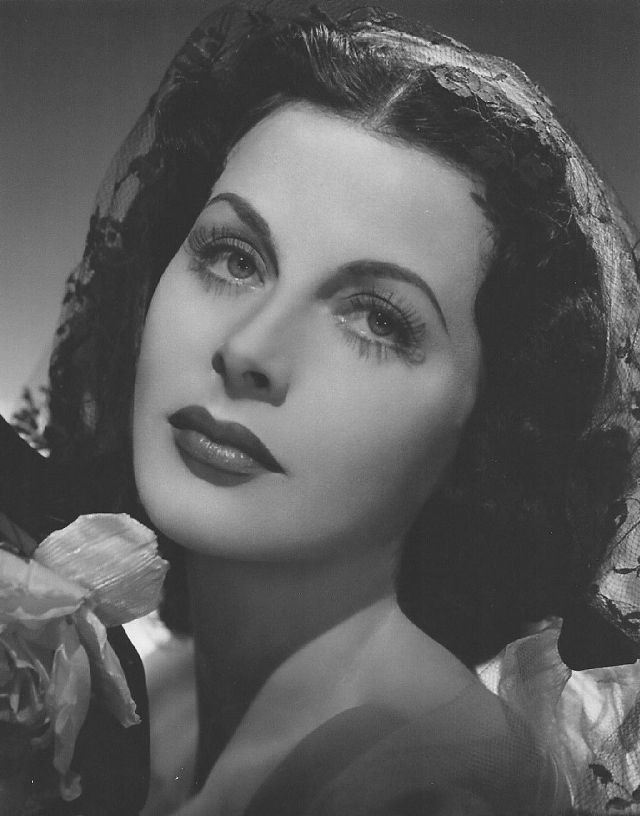 BEAUTIFUL HEDY LAMARR PICTURES