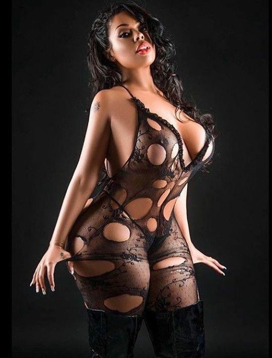 skinny nude amateur latinas
