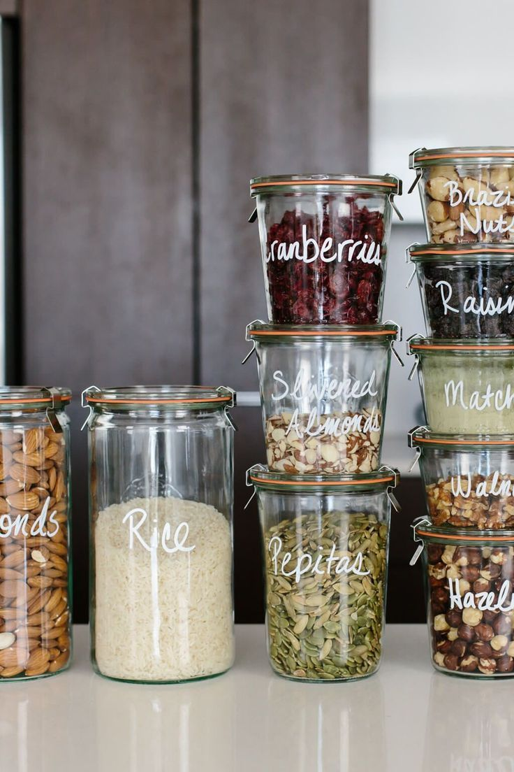 Pantry Organization: Tips for a Creating a Healthy Pantry #kitchenpantrystorage