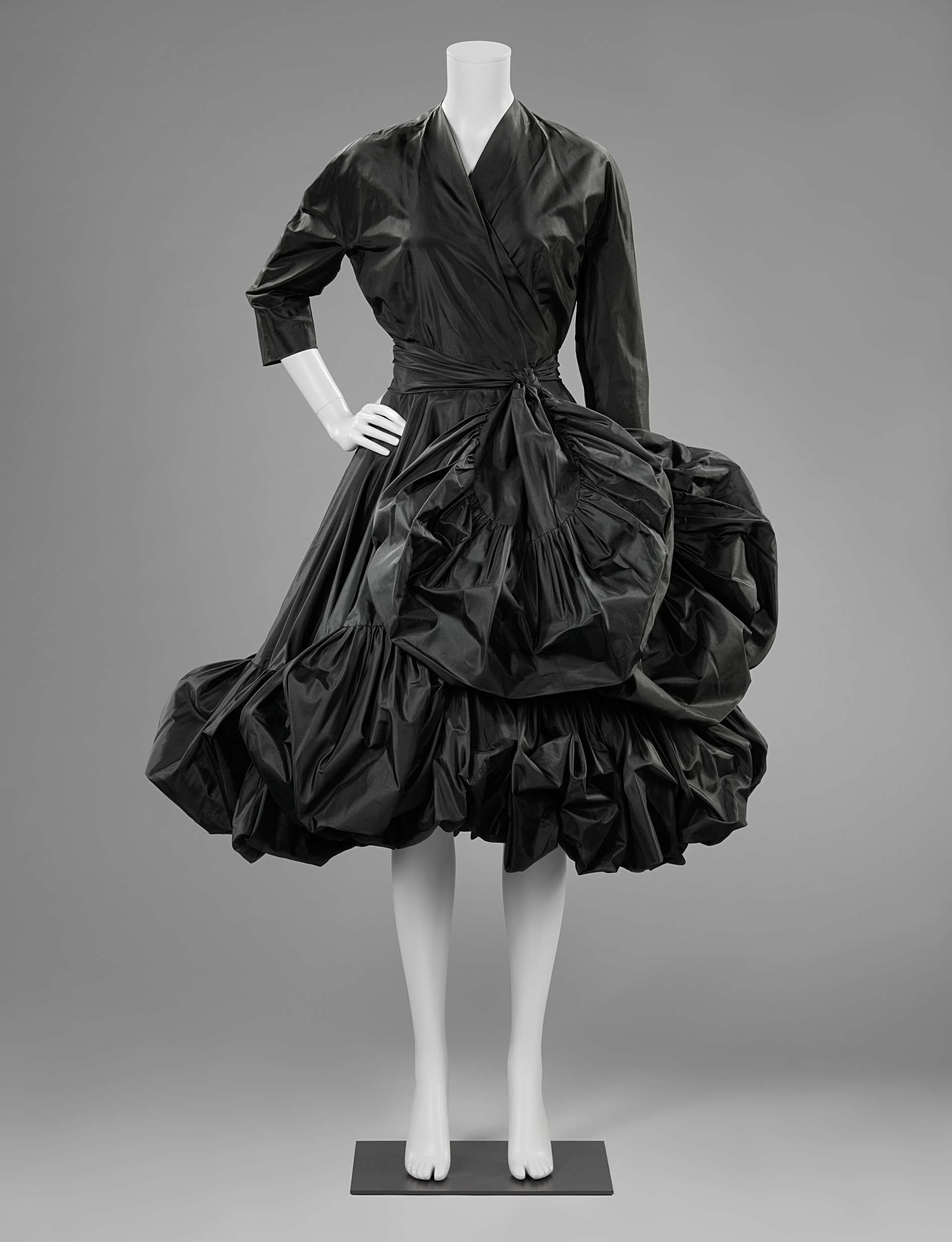 1952-1953, the Netherlands - Cocktail dress by Catharina Kruysveldt ...