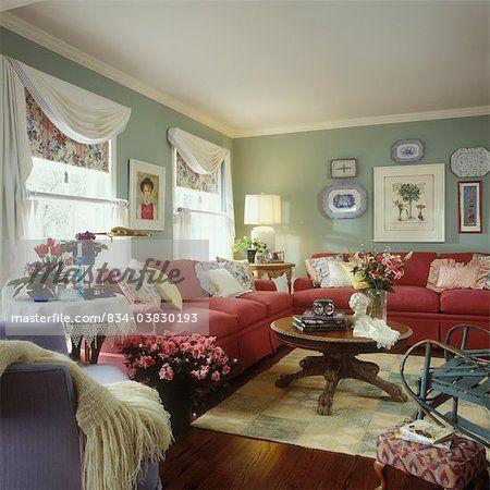 salon style cottage styles mixtes clectiques framboise couleur canap s sages murs. Black Bedroom Furniture Sets. Home Design Ideas