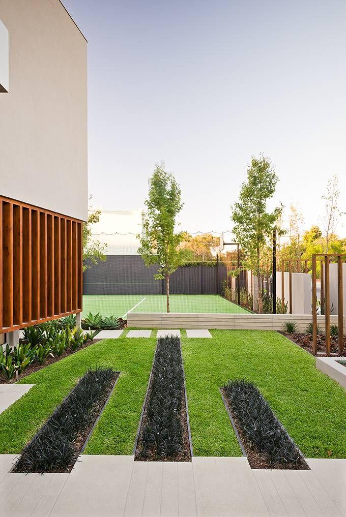 Minimalist Garden Integrating The Best Outdoor Activities On Garrell Street Australia Minimalist Garden Front Garden Design Landscape Design