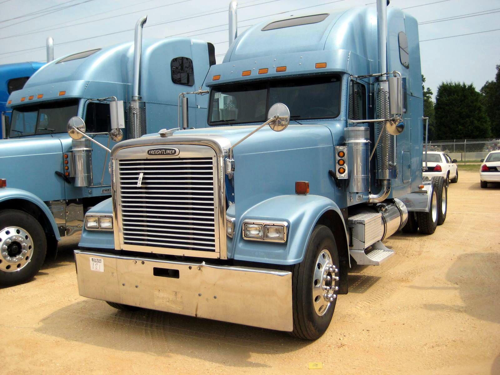 2002 Freightliner Fld 120 Classic Xl Freightliner Classic Big Rig Trucks Freightliner